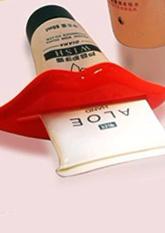 Видавлювач зубної пасти, кремів Lips